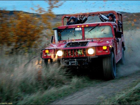 Jízda Humvee v Praze