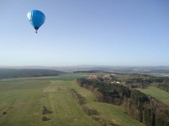 Let balónem Bochov