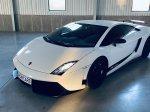 Noční jízda Lamborghini