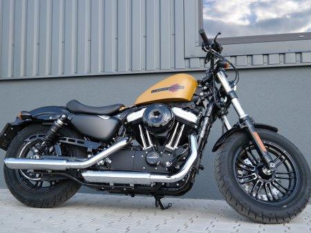 Jízda s Harley Davidson